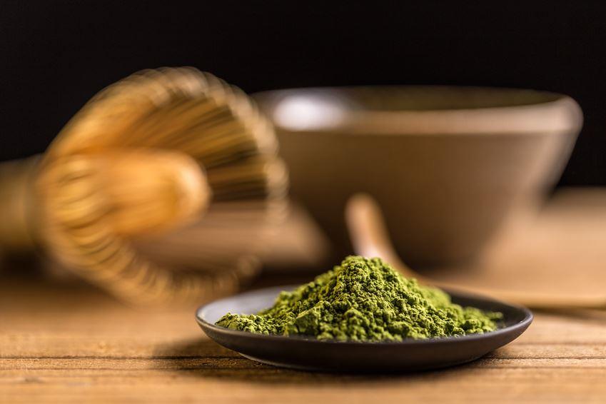 Matcha Tee mit Kokosöl