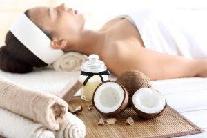 Kosmetikprodukte durch Kokosöl