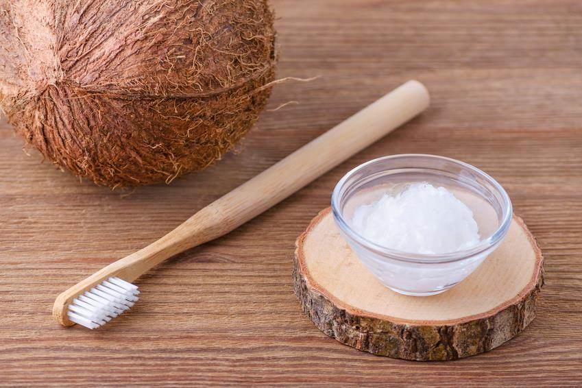 zähne putzen kokosöl